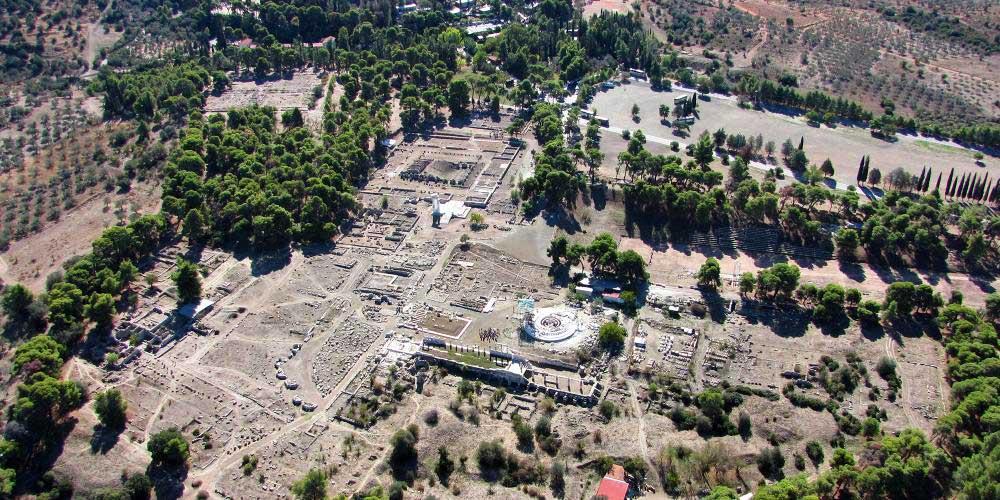 Le sanctuaire d'Asclépios est un témoignage exceptionnel des cultes et des pratiques thérapeutiques de l'antiquité gréco-romaine. – © Hellenic Ministry of Culture and Sports / Ephorate of Antiquities of Argolida