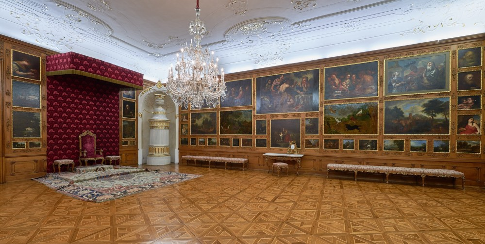 The bishops of Olomouc received their most special guests at the Throne Hall. The hall was redesigned after a fire in 1752. – © Tomas Vrtal