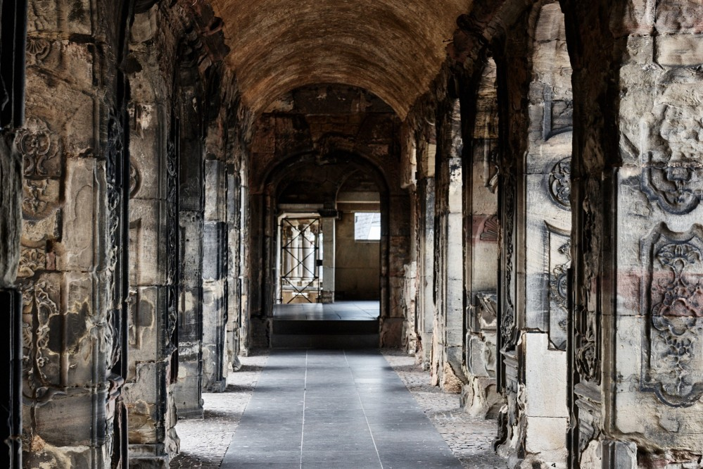 The Porta Nigra consists of about 7200 stone blocks. – © Hufnagel