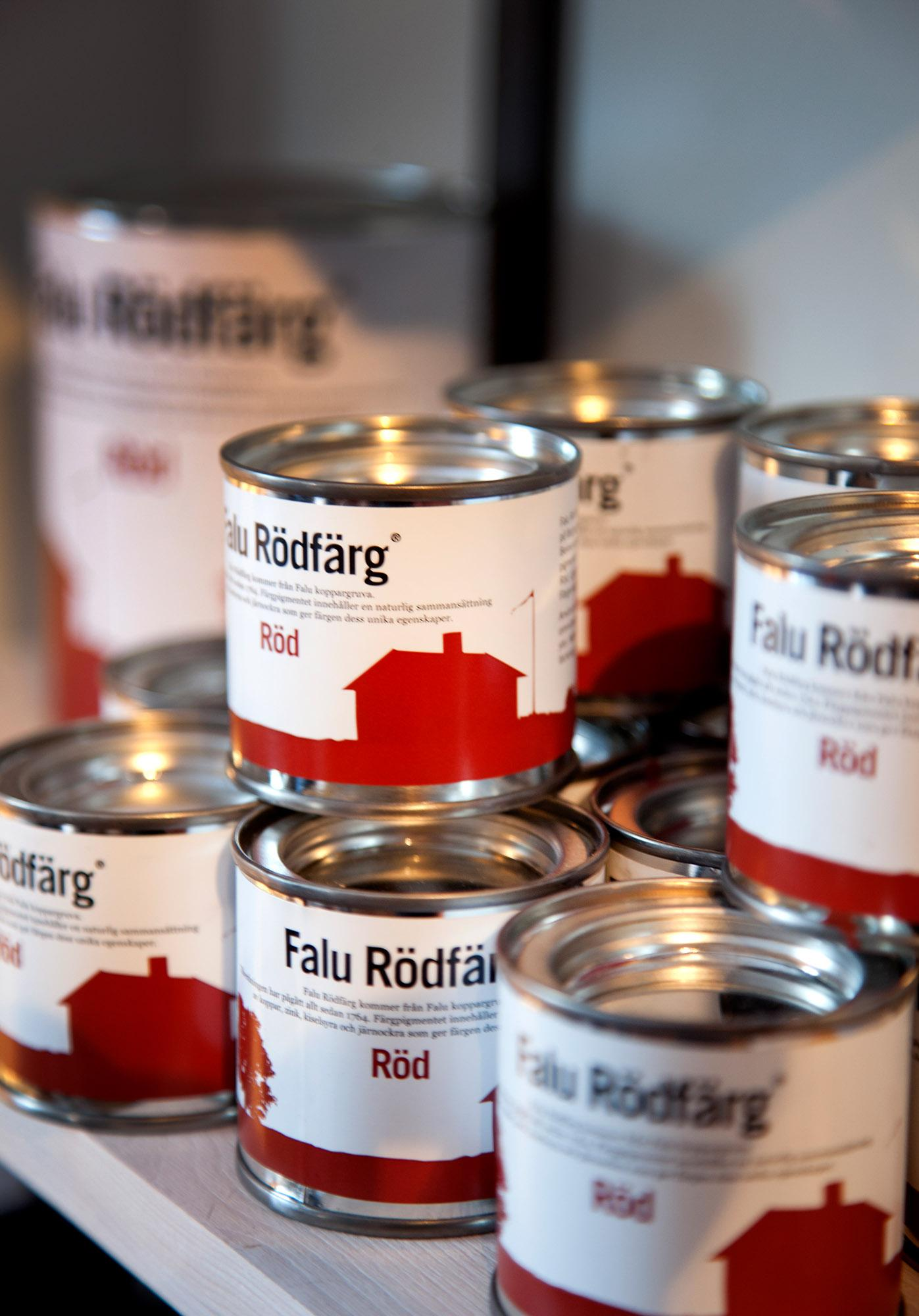 The traditional red paint is produced by Falu Rödfärg at the on-site factory. – © Richard Lindor