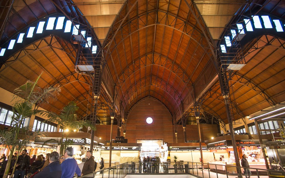 If you are looking to buy fresh food in a picturesque setting, be sure to visit Tarragona's main market. Located just off Rambla Nova, it is housed in a hallmark Modernist building from 1915. – © Manel Antoli RV Edipress / Tarragona Tourist Board