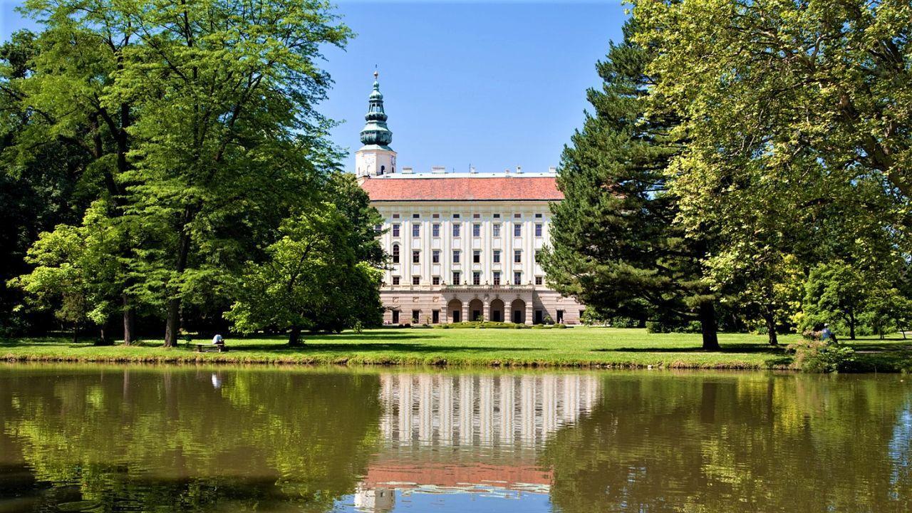 The Archiepiscopal Castle and its Tower which is a symbol of the Town of Kroměříž. - © Tomáš Vrtal