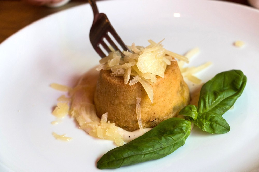 Parmesan cheese, basil, olive oil, vegetables. Nice recipe, nice taste! – © Tina Fasulo / Share your Sangi