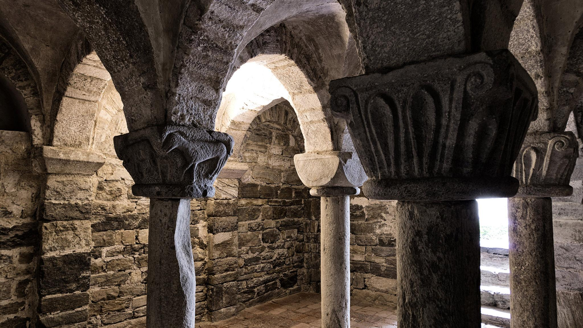 Wachau is full of hidden gems, like the Romanesque crypt of the castle chapel of Oberranna. – © Konstantin Gona