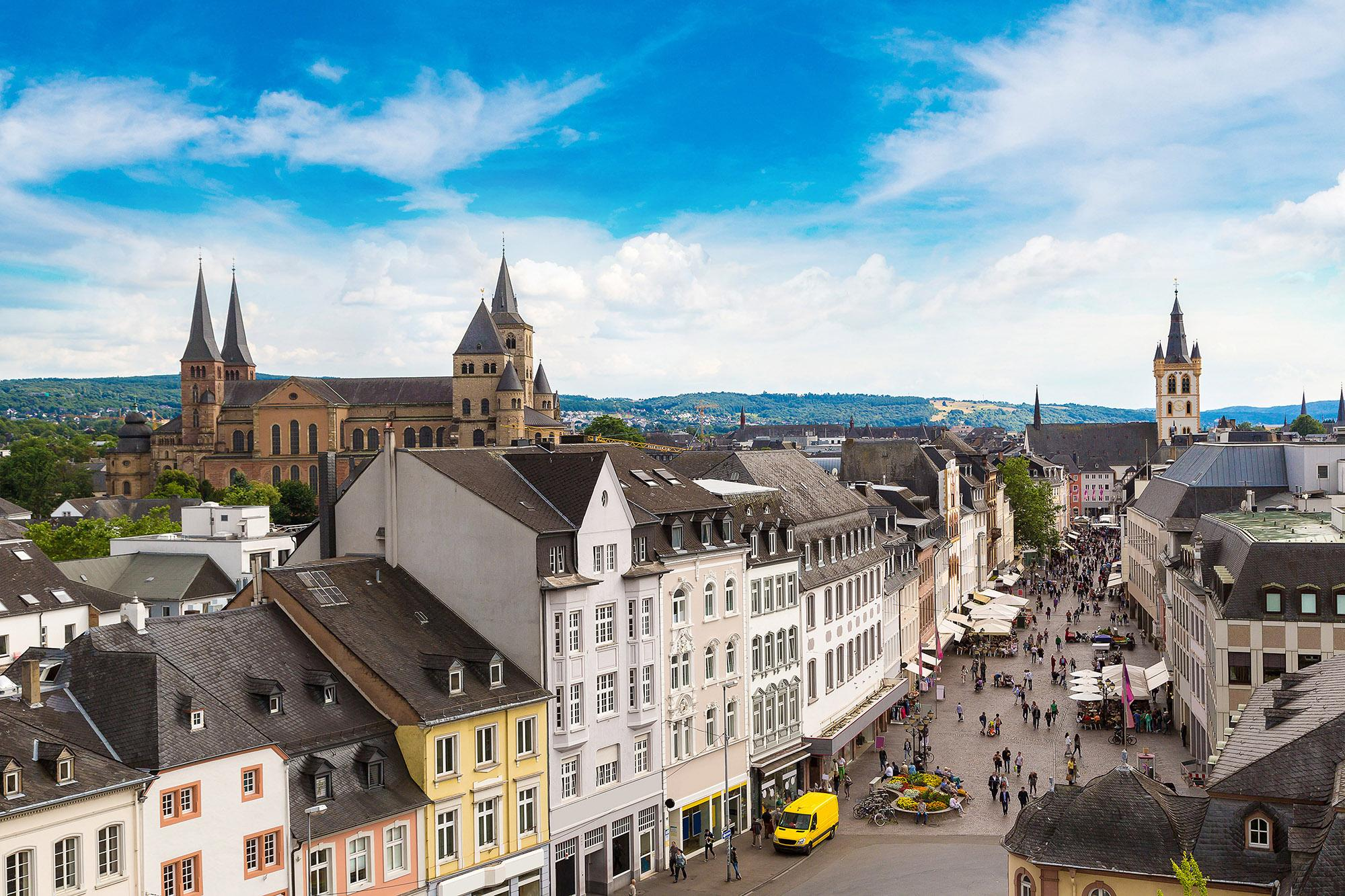 Between the architecture, Roman history, and buzzing modern feel, Trier will keep every age group entertained. – © S-F / Shutterstock