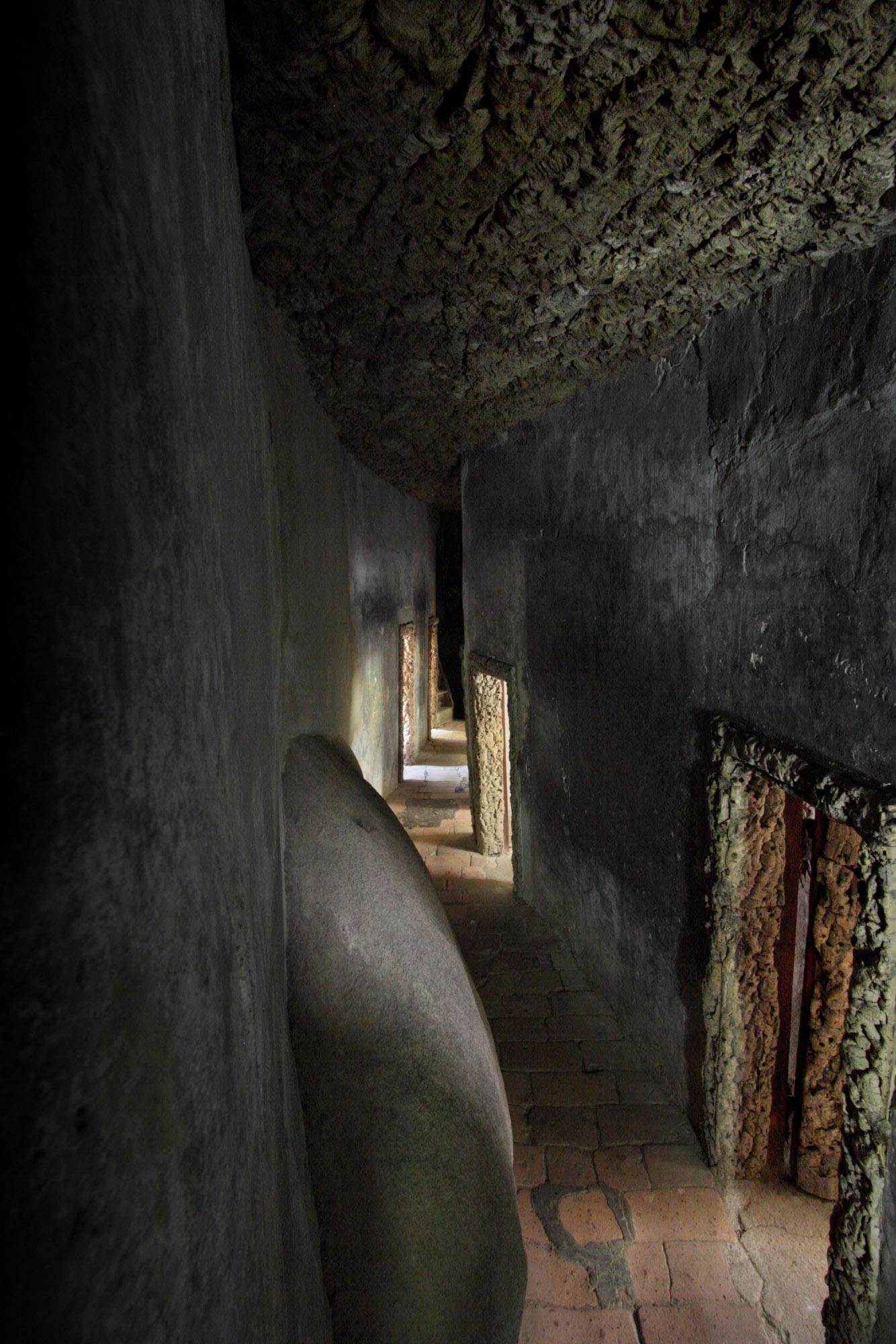 The corridor to the cells was an area reserved for meditation and intimate reflection and was restricted to the eight resident friars. – © PSML / EMIGUS