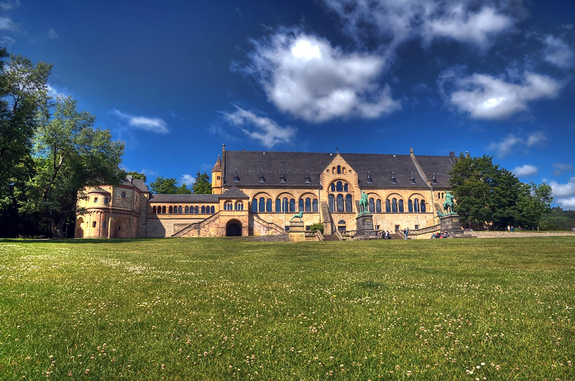 German history has been written at the Imperial Palace in Goslar for over 200 years at numerous imperial assemblies. – © Stefan Schiefer / GOSLAR marketing gmbh
