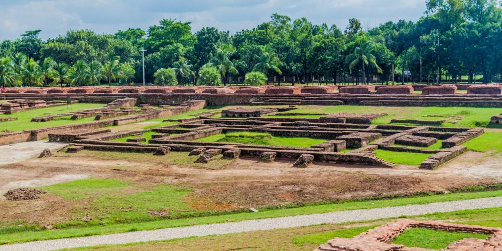 Partial view of the Somapura Mahavihara courtyard. Many of the most important temples in Southeast Asia took their inspiration from the great learning centre of Paharpur. – © Matyas Rehak / Shutterstock