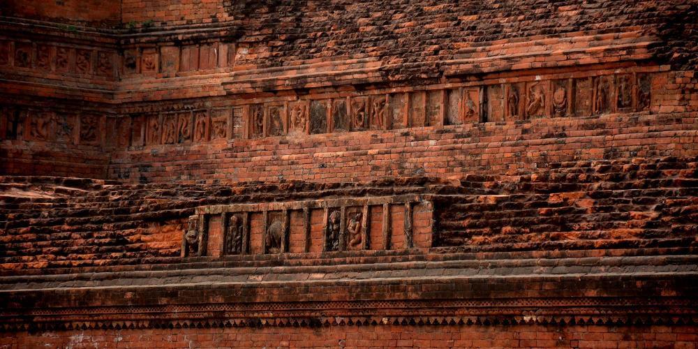 Terracotta plaques at Paharpur Buddhist Monastery (Somapura Mahavihara) – © Roni Kabir Nurul