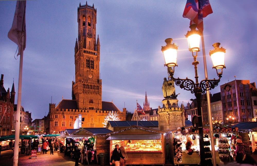 Bruges's Christmas Market attracts visitors from around the world. – © Jan D'Hondt / VisitBruges