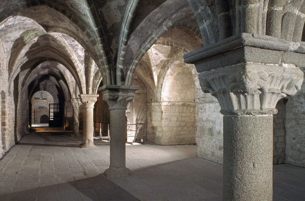 Mont-Saint-Michel Abbey: the Monks' covered walk. – © Étienne Revault / Centre des monuments nationaux