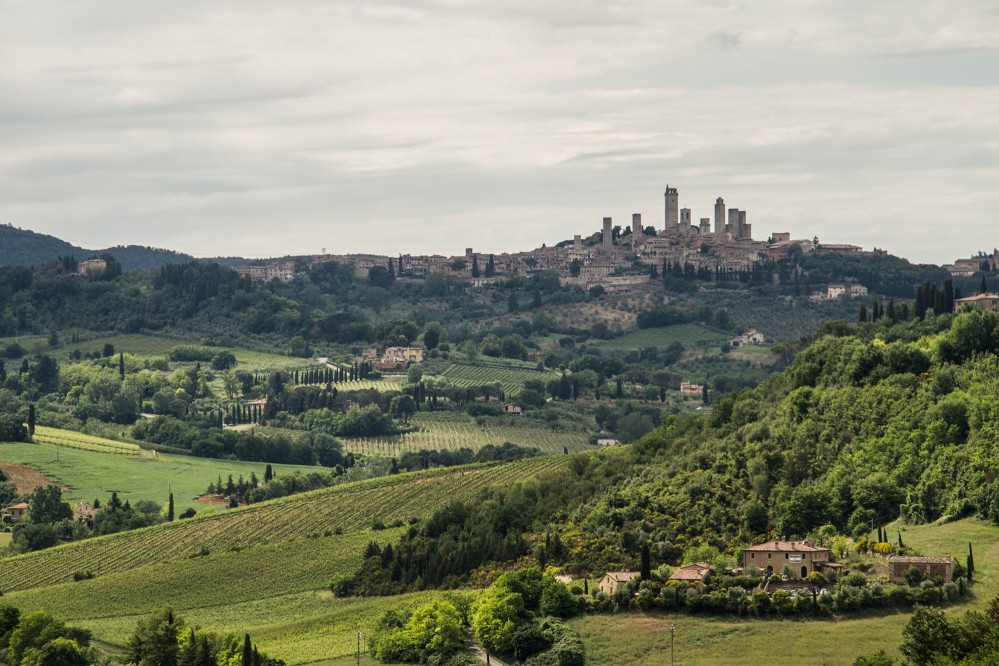 While biking in San Gimignano, you will be taken back in time as you glide through the charming hills. – © Andrea Caporaletti