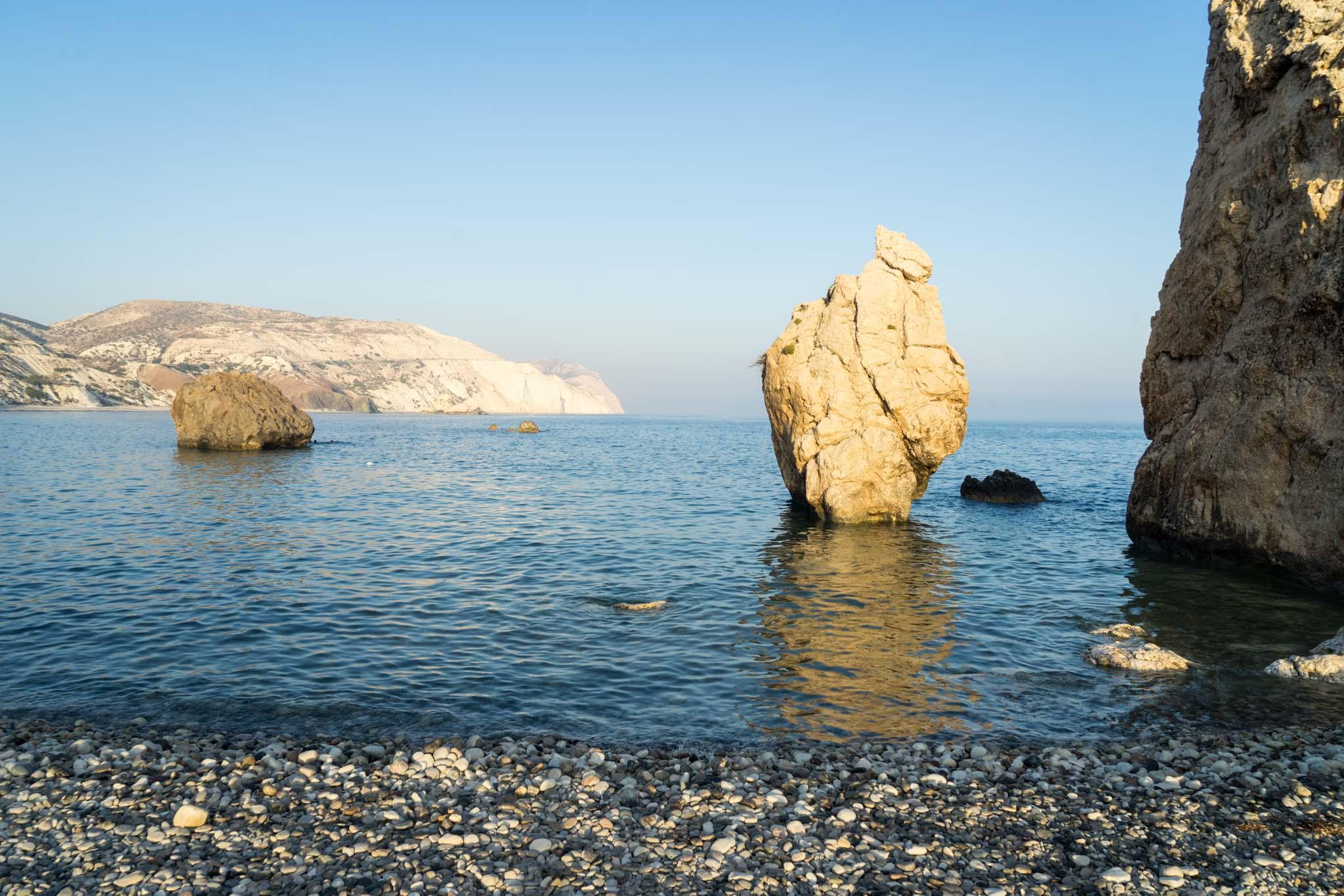 Petra Tou Romiou, ou le rocher d'Aphrodite, lieu de naissance légendaire de la déesse Aphrodite, connue par les romains sous le nom de Vénus.