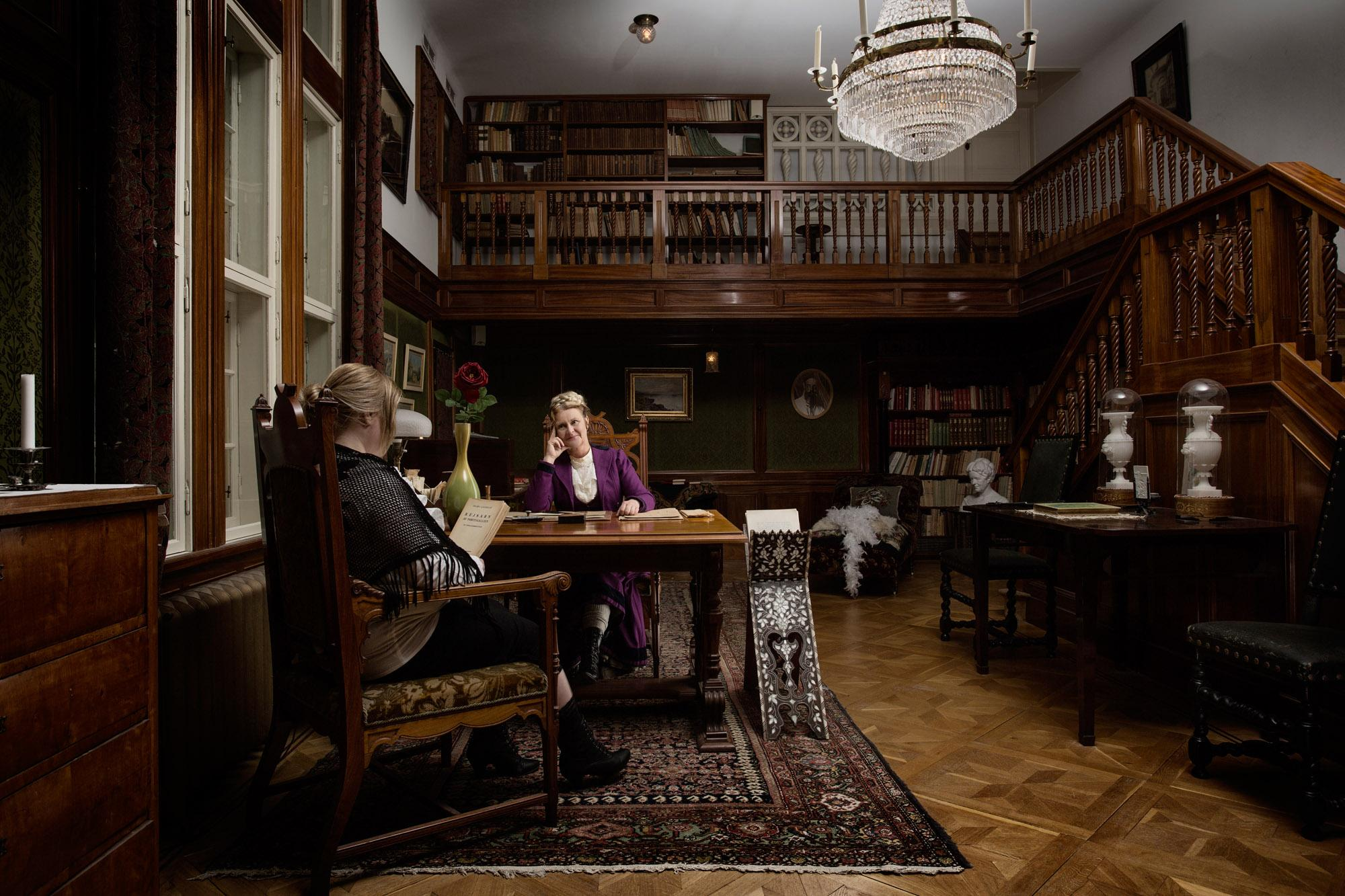 "The exhibition ""Selma in Falun"" shows Selma and Valborg in Semla Lagerlöfs library and workroom. – © Ryan Garrison"