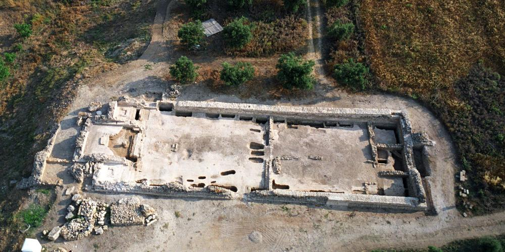 The remains of a Frankish cathedral. Glarentza emerged as an important economic and urban centre among the principalities at the time of the Crusades. – © Hellenic Ministry of Culture and Sports / Ephorate of Antiquities of Ilia