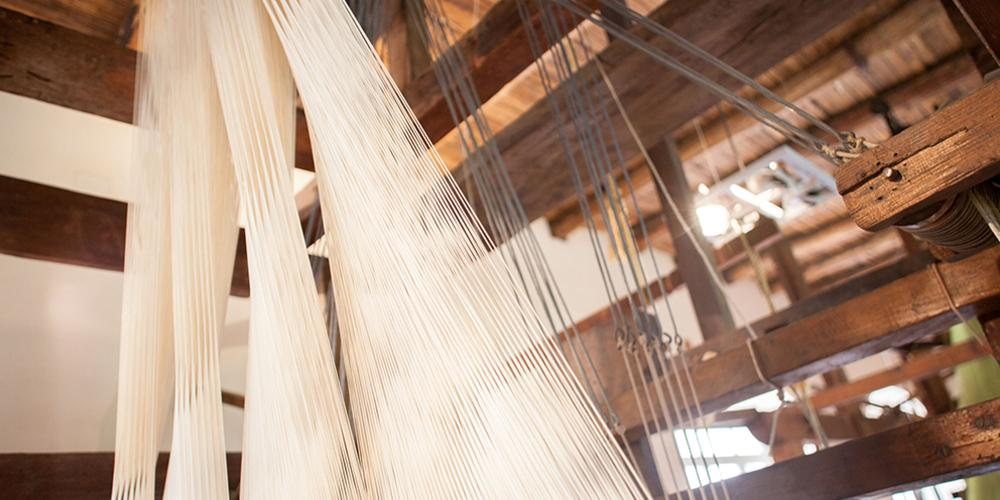 Silk Manufacture, Detail of the frame for warp and weft. – © Francesco Cimmino