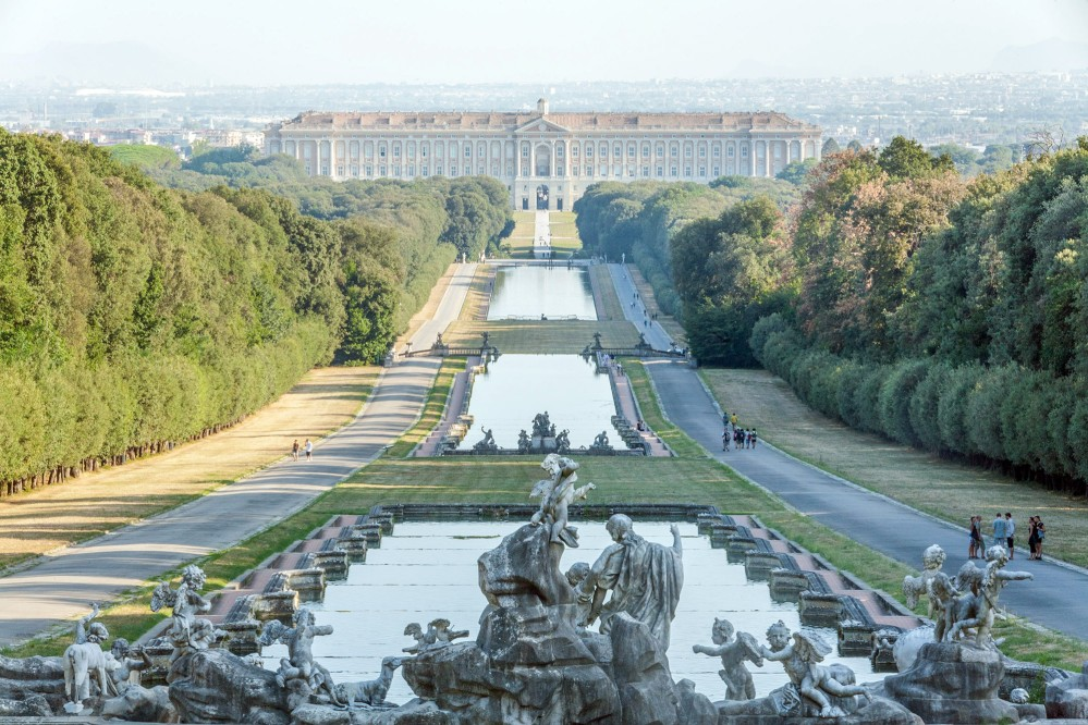 The great scale of the gardens at Caserta is one of the first things visitors notice. A chain of fountains and basins stretch out for more than three kilometres from the palace to a waterfall in the forest. – © Francesco Cimmino