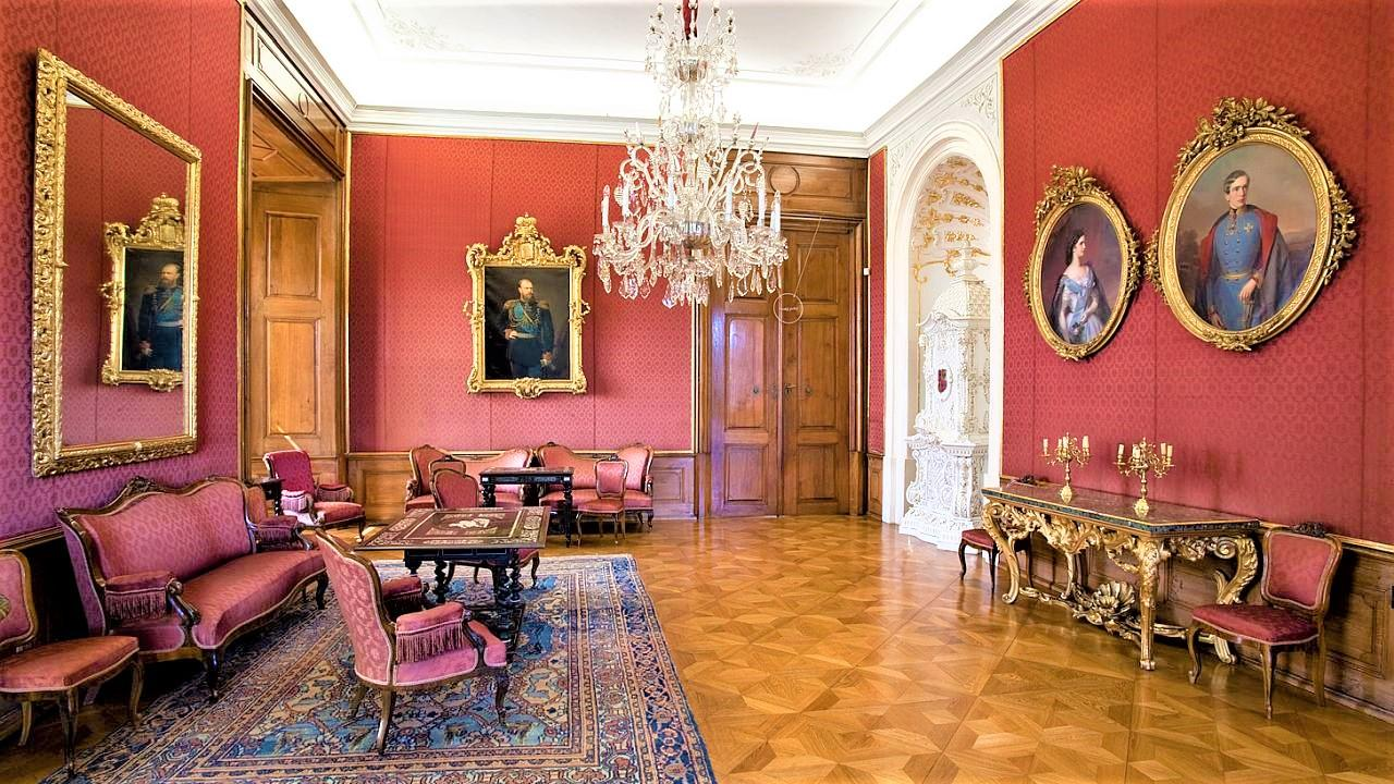 The Czar Salon is reminding honoured guests of the Castle in 1885. There is a portrait of Czar Alexander III and wedding portraits of Emperor Franz Joseph II and his beuatiful wife Elisabeth called Sissi. On their wedding portraits they are 23 and 16 years old. When they visited Kroměříž they were, however much older. - © Tomas Vrtal