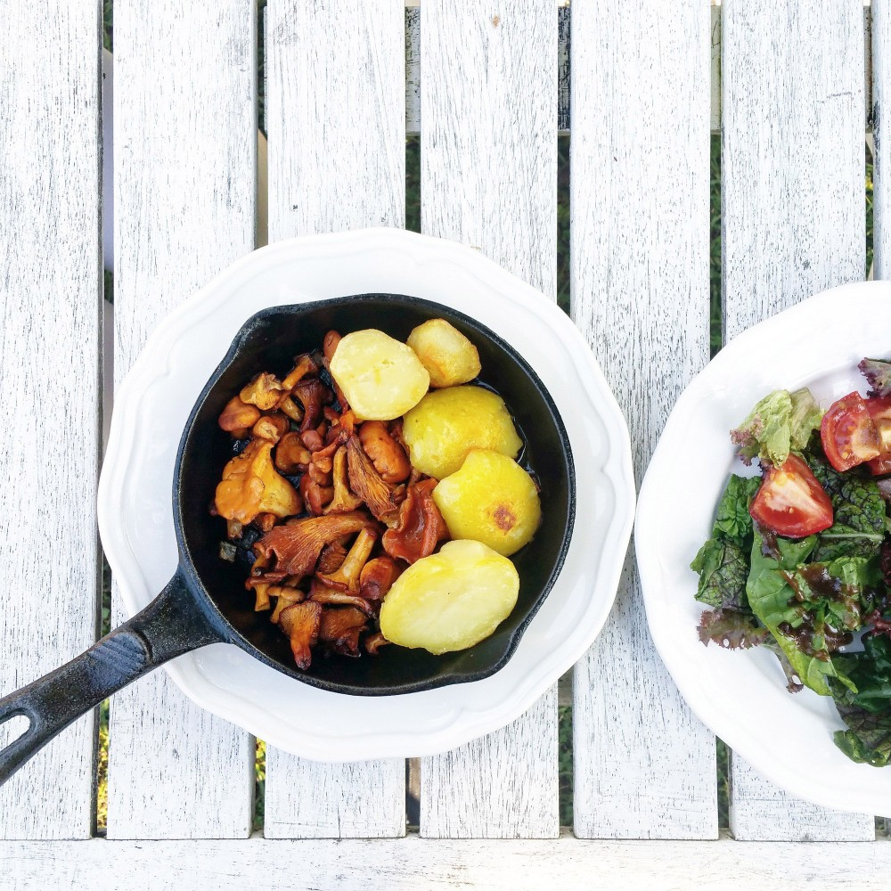 The Halės market offers always food according to seasonal trends. – © Aiste Júre / www.realisbeautiful.lt