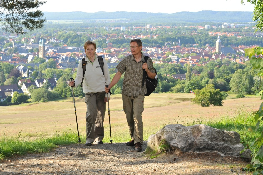 Discover Goslar from a different perspective. The Rammelsberg is a great spot, where hikers get a unique view over Goslar. – © Stefan Schiefer / GOSLAR marketing gmbh