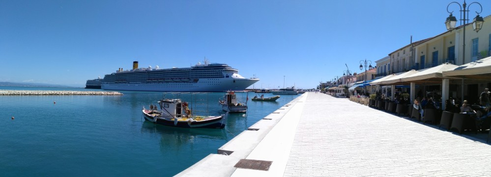 The Katakolo Port is an ideal stop along the Mediterranean for cruise ships. – © Konstantinos Antonopoulos