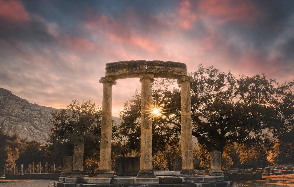 The sanctuary of Olympia, dedicated to Zeus, was inhabited only by temple staff and priests of worship. It was only possible to visit it every four years when the Olympic Games were held. © Photography by KO / Shutterstock