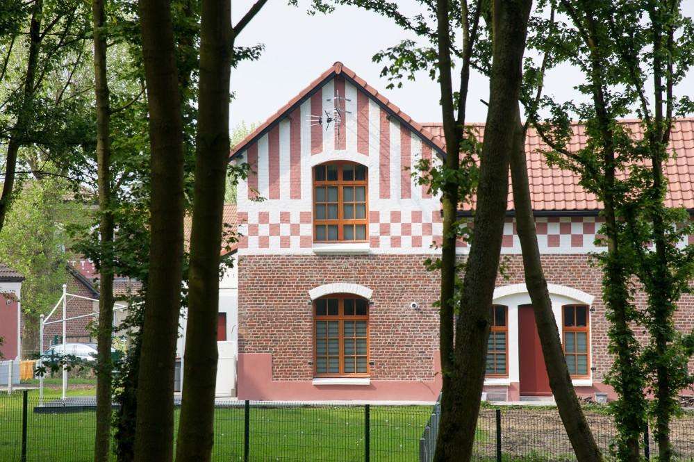 La première cité-jardin d'Europe continentale a été construite en 1904 par la Société des Mines de Dourges. La Cité-Jardin Bruno de Dourges est une petite pépite du bassin minier, et vient d'être réhabilitée. – © Jean-Michel André
