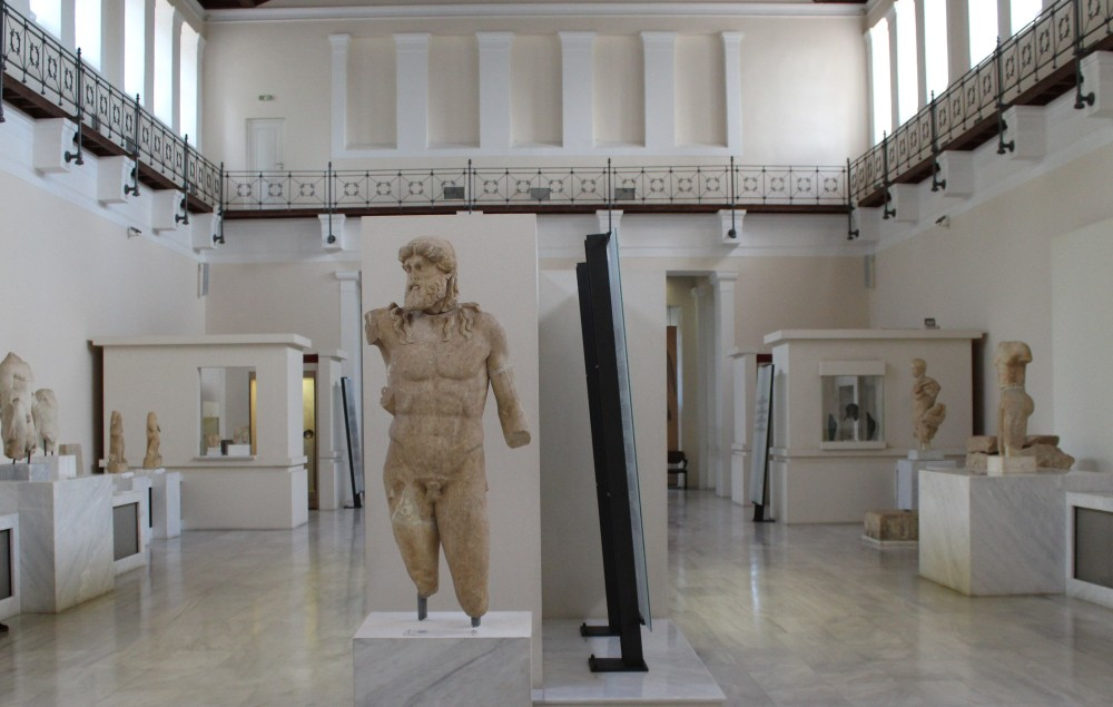 Visitors will have a full picture of the historical development of the Olympics and the other Panhellenic Games through a wide selection of exhibits, as well as information panels and visual material. – © Hellenic Ministry of Culture and Sports / Ephorate of Antiquities of Ilia
