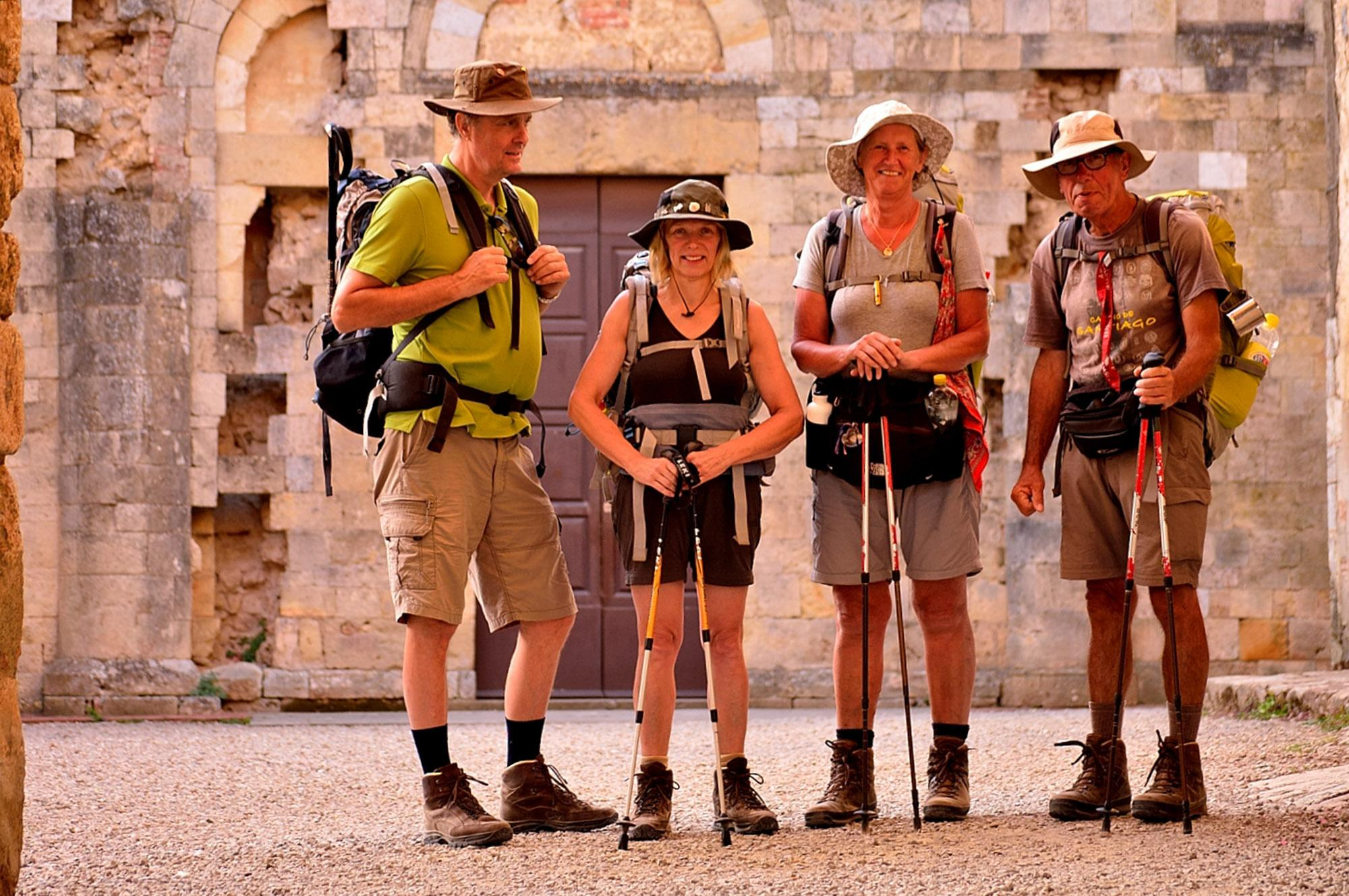 Pilgrims on their way along the Via Francigena. - © Tiziano Pieroni / Be Tuscan for a Day