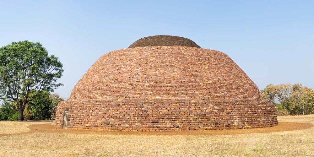 The main stupa at the ancient Buddhist community of Satdhara was built about 12 kilometres from Sanchi during the lifetime of Emperor Ashoka. – © Michael Turtle