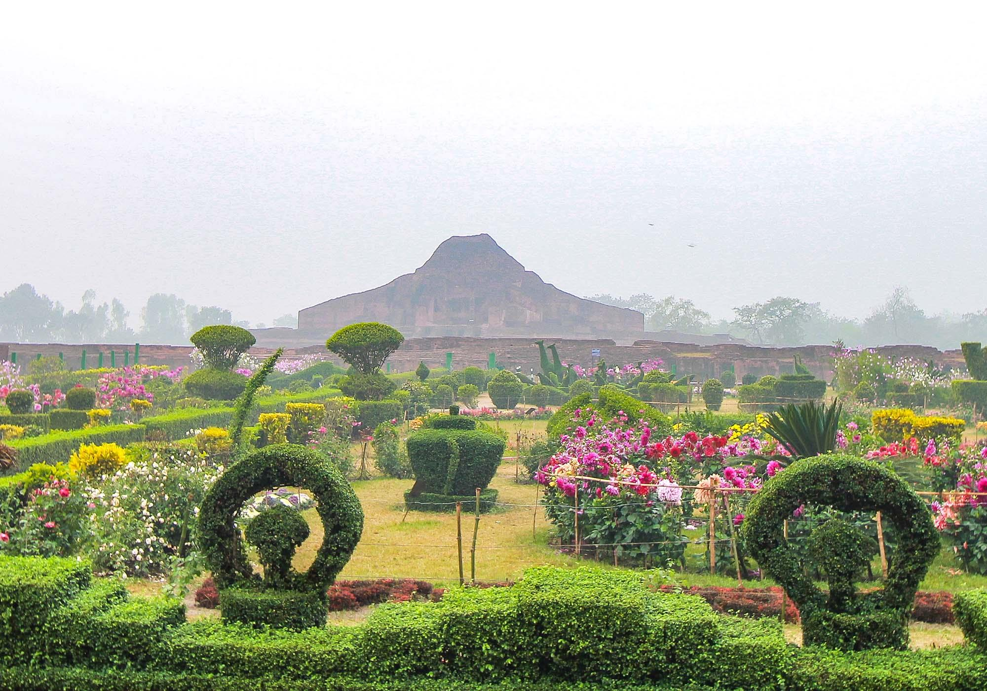 Vibrant gardens around the Paharpur site continue the Buddhist tradition of respecting the natural environment. – © Julfiker Ahmed