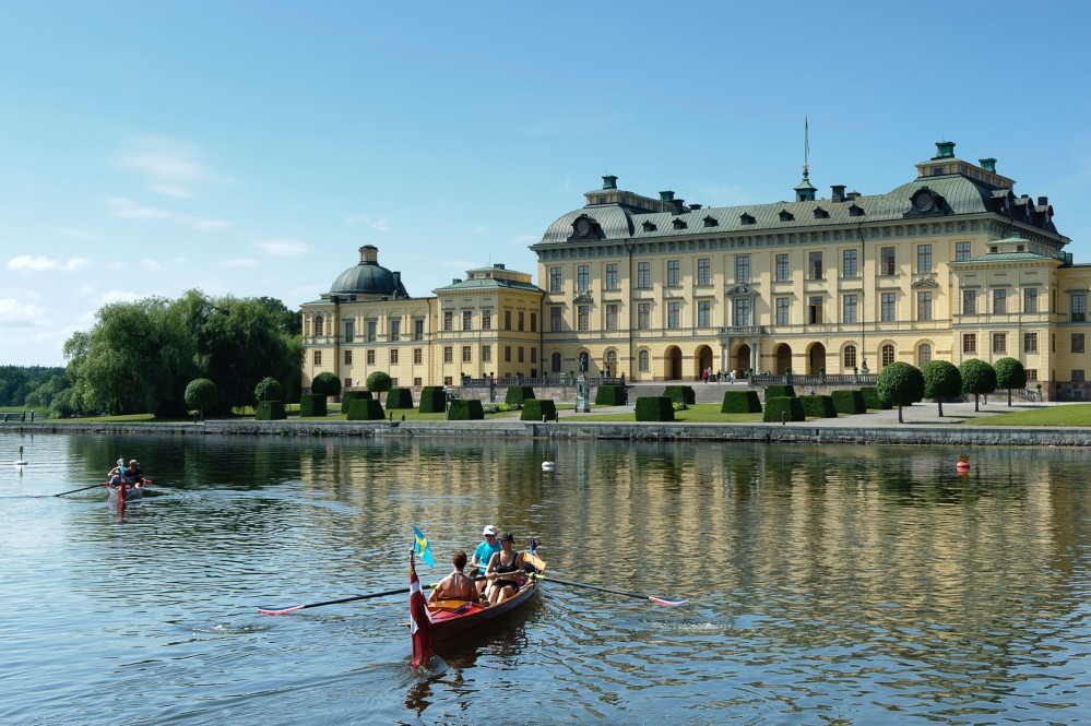A boat ride is one of the best ways to experience Drottningholm. – © Gomer Swahn