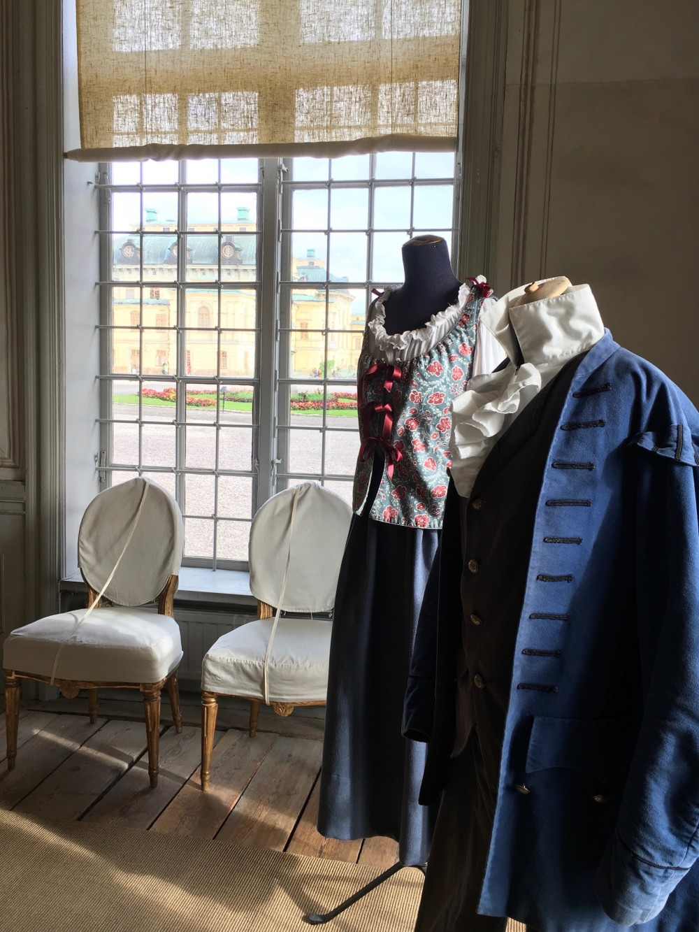 Visitors will learn more about 18th-century theatre than they knew possible. Pictured: period costumes on display in one of the side rooms. – © Frank Biasi
