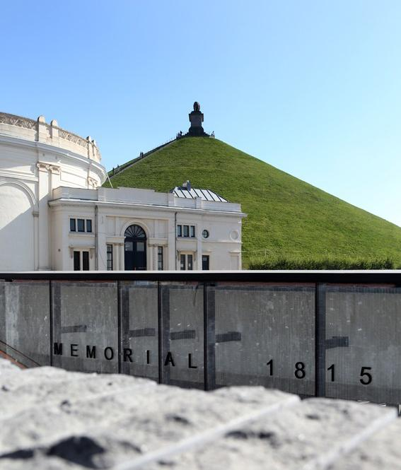 """Start your visit at the """"Memorial 1815"""", buried beneath the Lion's Mound, and enjoy this multi-sensory experience! – © A. Siquet, CGT"""