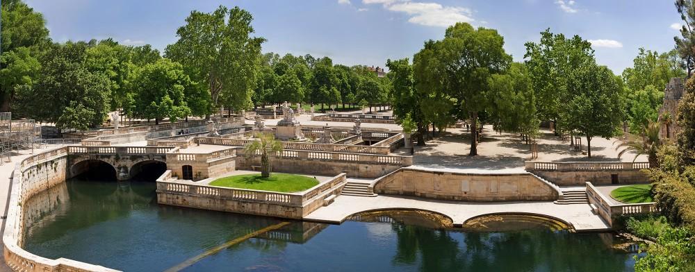 The gardens of the fountain in Nîmes. – © O. Maynard / Office Tourisme Nîmes