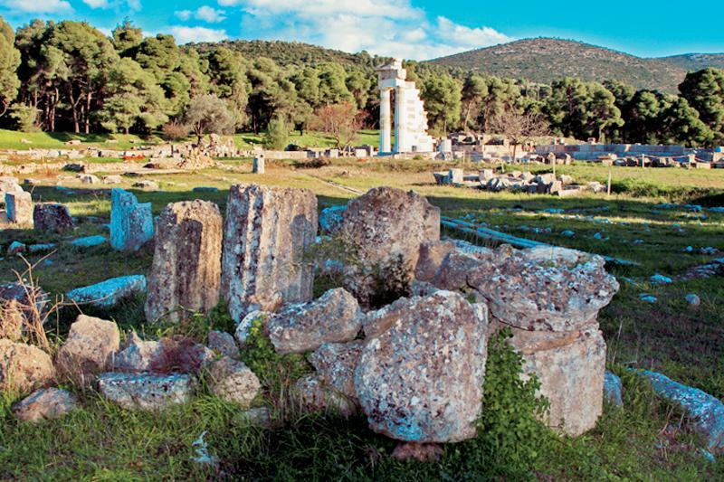 Le sanctuaire d'Asclépios est situé dans une petite vallée dans le nord du Péloponnèse. C'est un hommage aux origines des cultes thérapeutiques gréco-romains. - © Ministère du Tourisme