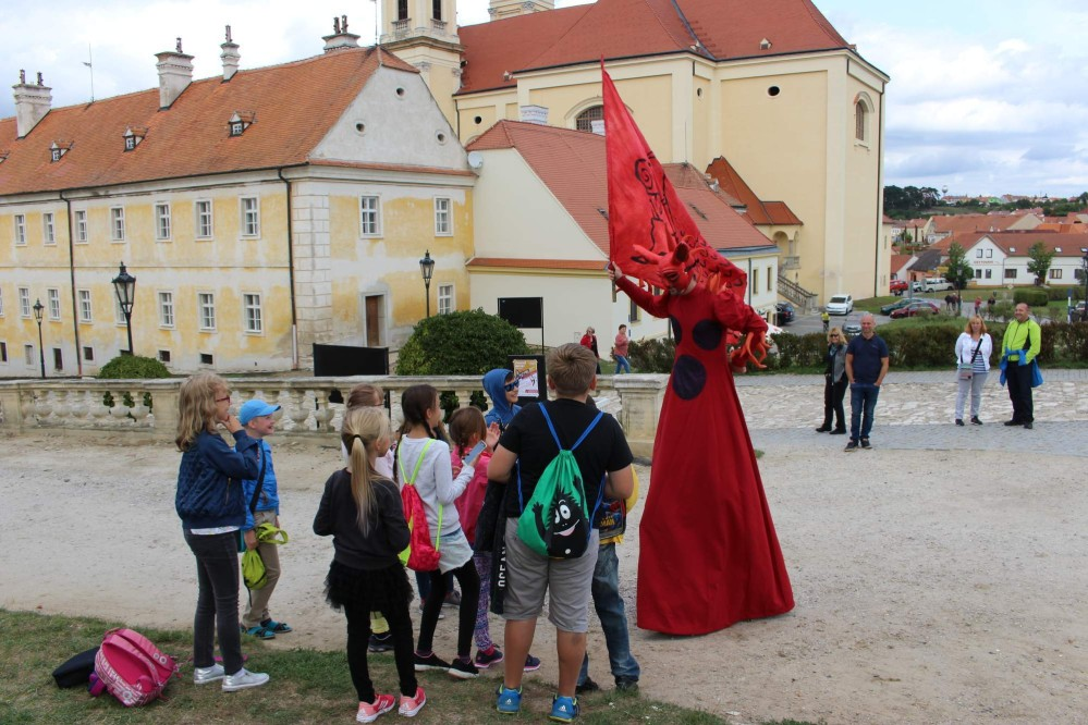 Baroque festival Feste Teatrale at Valtice Castle gives visitors the feel the baroque firsthand each year at the turn of August and September. – © Archive of Valtice Castle