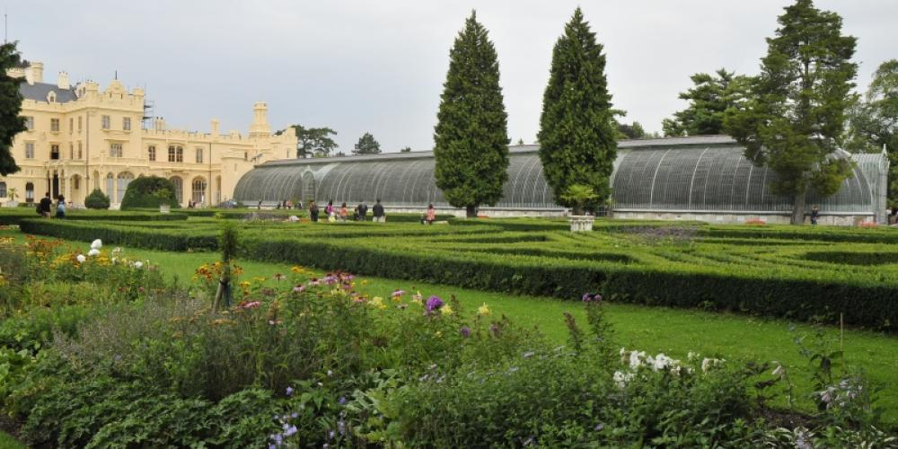The greenhouse is 92 metres long, 13 metres wide and 7.5 metres high. – © Archive of Lednice Castle
