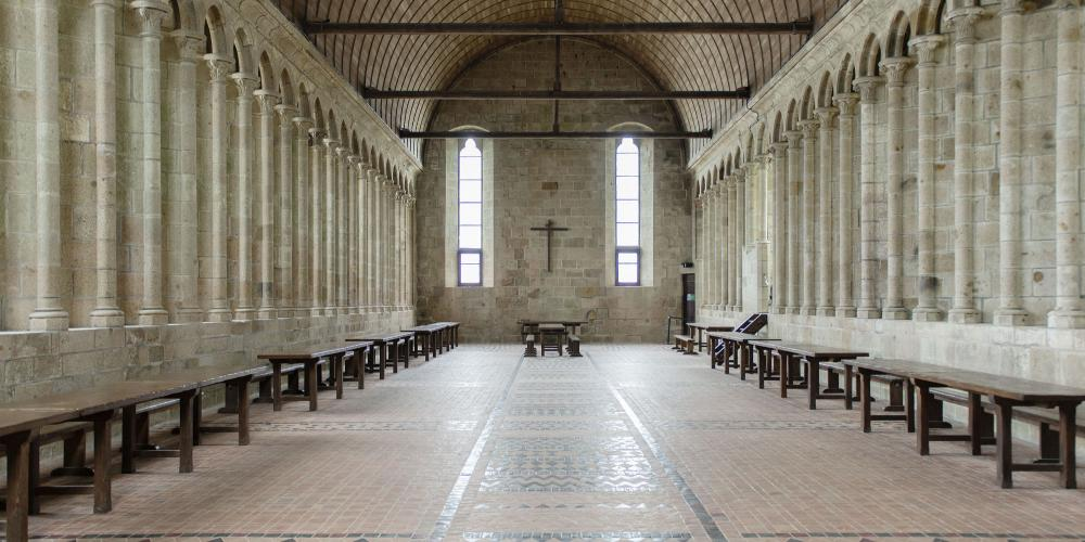 Mont-Saint-Michel Abbey: the monks' ancient Refectory. – © Colombe Clier / Centre des monuments nationaux