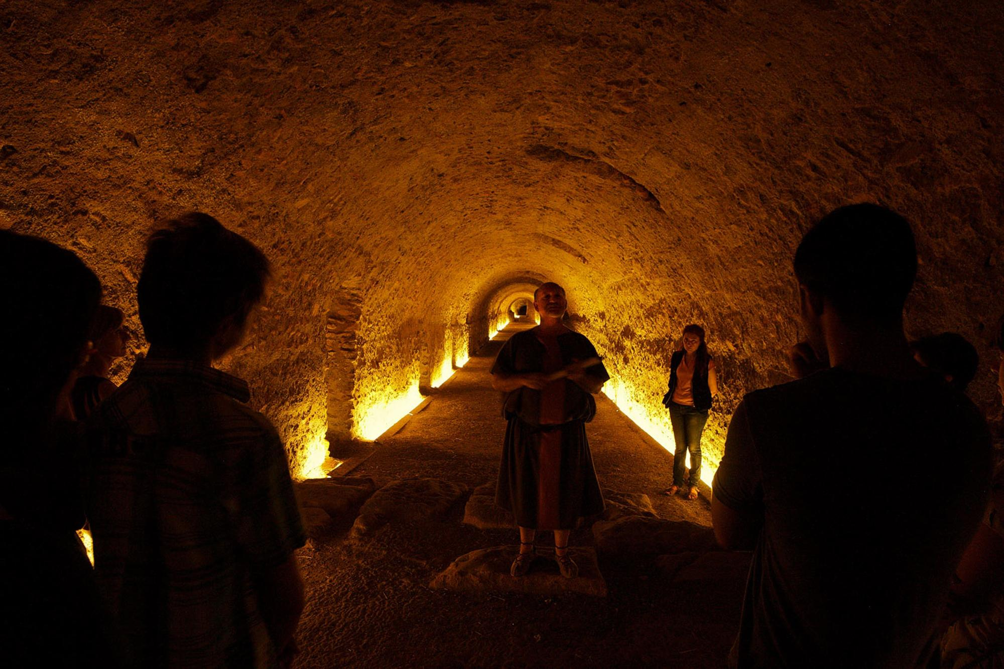 The circus was used for horse and chariot races. Here, visitors visit the vault during the Tarraco Viva, recognised as Europe's most important cultural festival celebrating the Roman era, which takes place each year in May. – © Rafael López-Monné / Tarragona Turisme