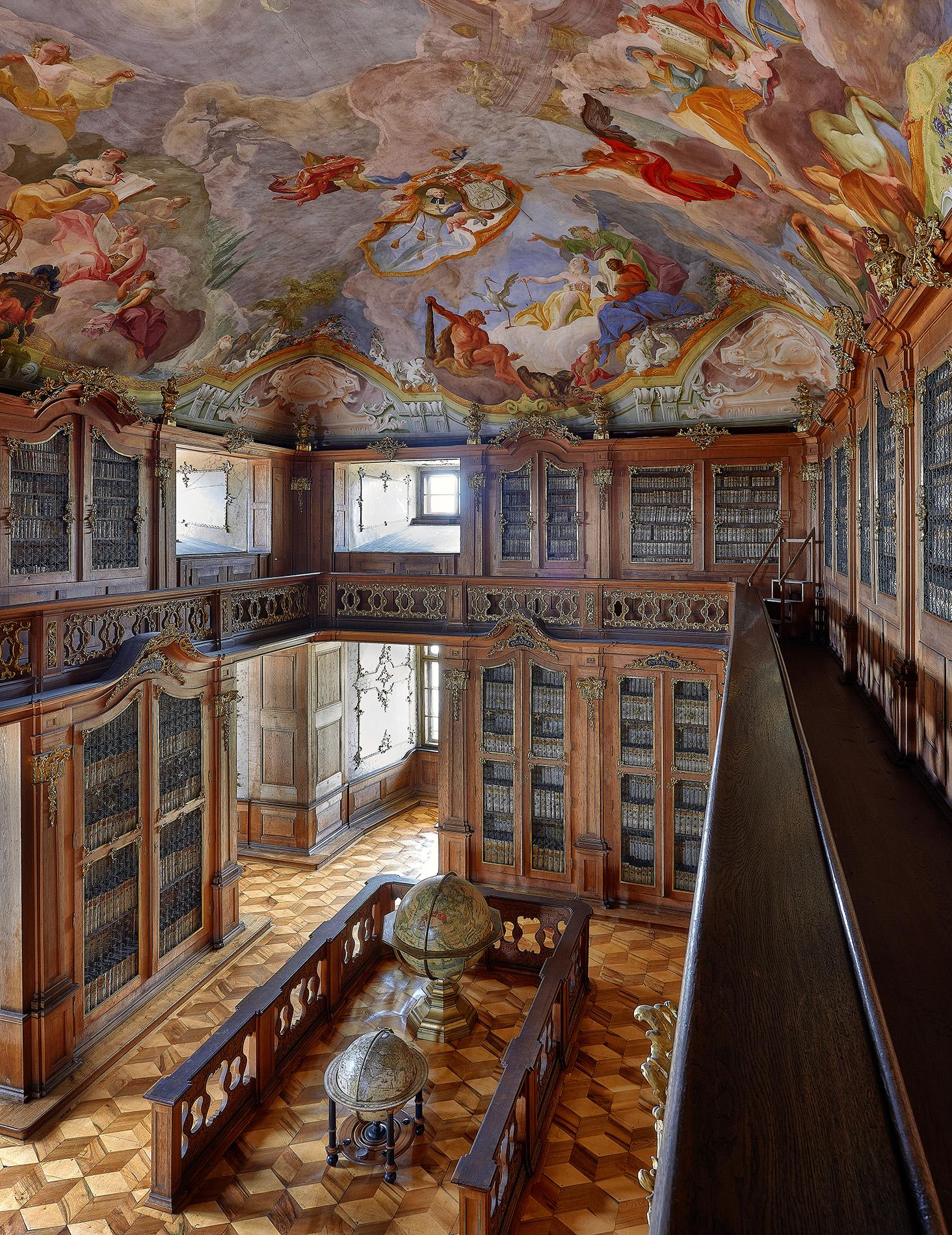 The Old Library belongs to the gratest libraries in the Czech Republic and is accessible to the public. -© Tomas Vrtal