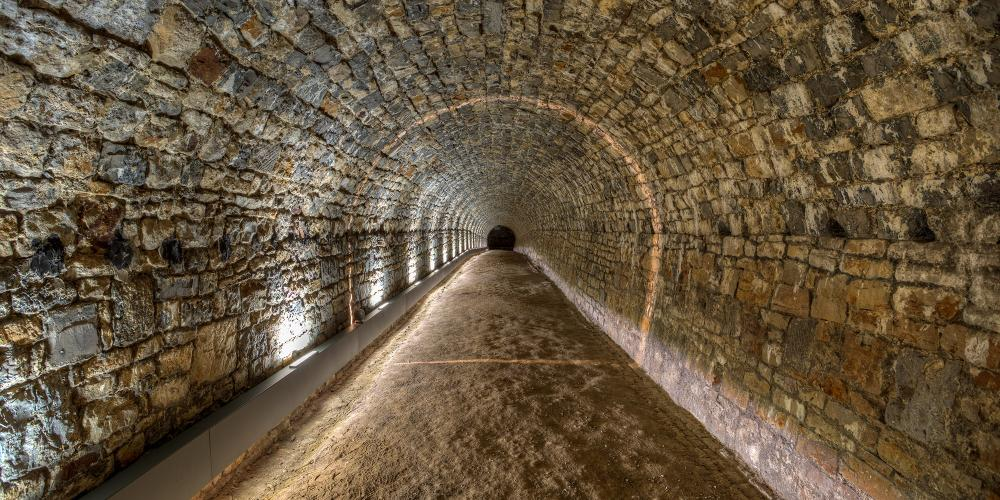 The restored underground levels of the Citadel of Namur, with a new guided tour of the permanent display. – © Vincent Ferooz / Pixel Komando