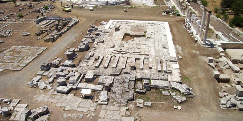 Les restes du Temple du dieu guérisseur Asclépios attire des visiteurs du monde entier. – © Hellenic Ministry of Culture and Sports / Ephorate of Antiquities of Argolida