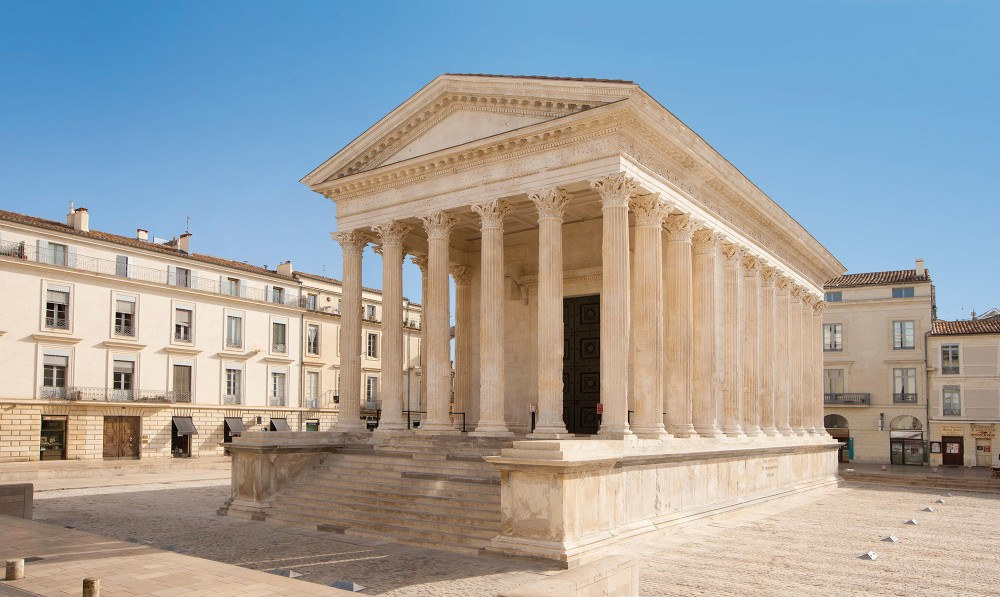 The Maison Carrée in Nîmes was part of the forum, the economic and administrative heart of the Roman town. – © O. Maynard / Office Tourisme Nîmes