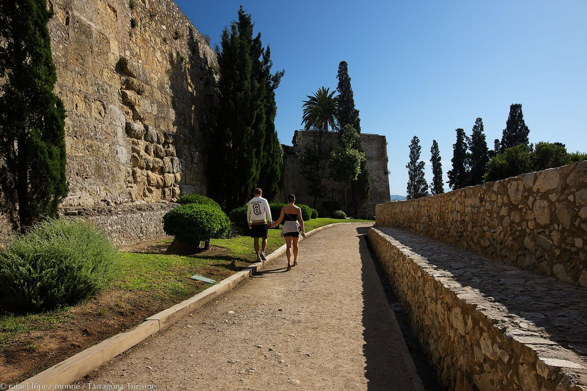 In the 2nd century B.C., a great wall was built around Tarraco, delineating the municipal boundaries. Today, approximately 1,100 of its original 3,500 metres remain, bordering Tarragona's Old Quarter. – © Rafael López-Monné
