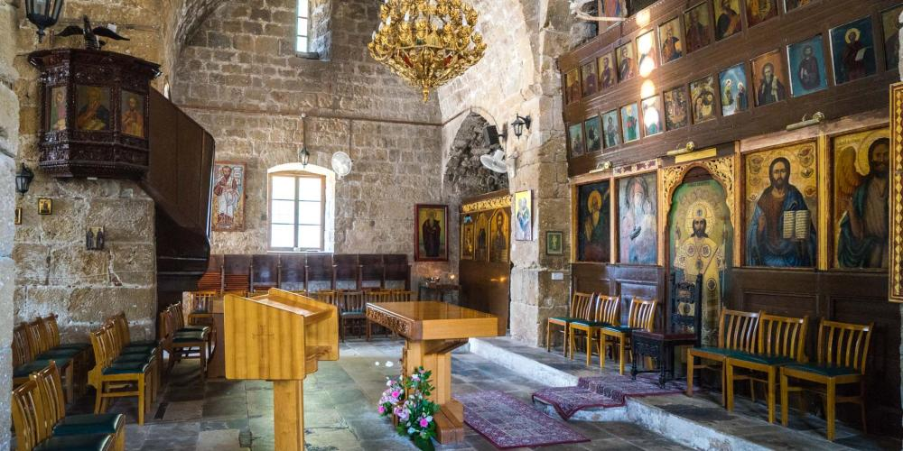 Ayia Kyriaki Chrysopolitissa Anglican church. – © Michael Turtle