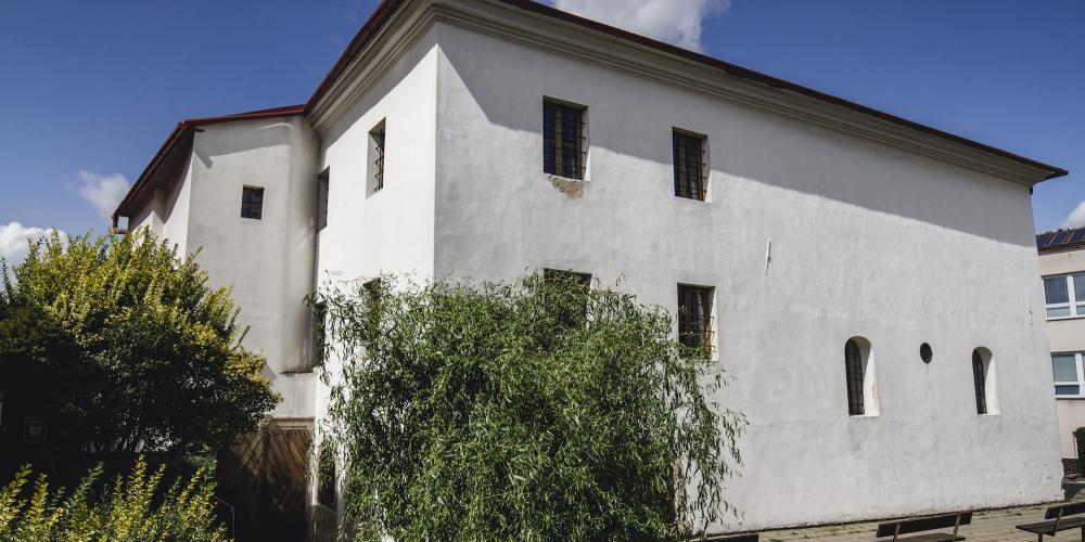 Exterior of Shahk's Synagogue – © Vratislav Brázdil