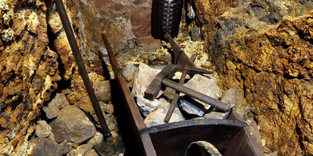 Tools for hand rock disintegration. Before gunpowder was used for the first time for mining purposes, rock was disintegrated manually. It was hard work and it took them months to advance a few metres forward. – © Lubo Lužina