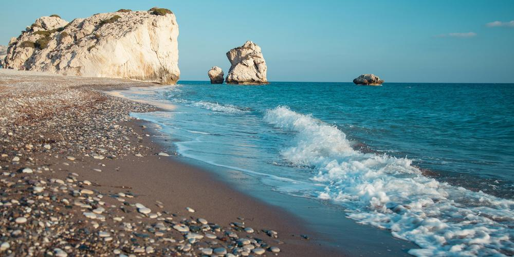 Petra tou Romiou is Aphrodite's legendary birthplace in Pafos, Cyprus. – © Maryna Pleshkun / Shutterstock
