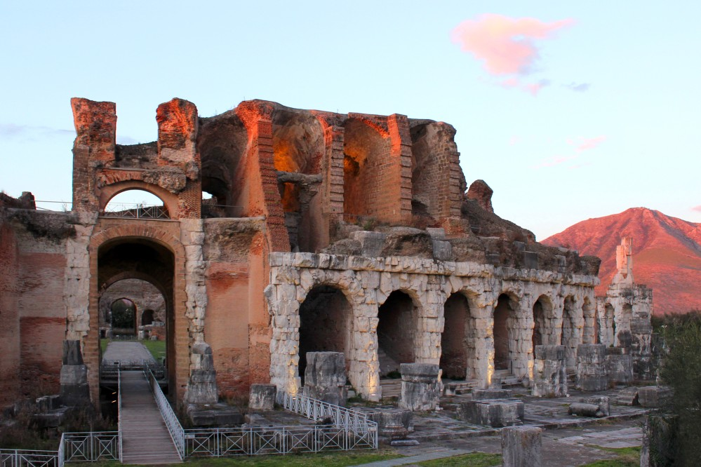 Amphitheater sunset view. – © Ortensio Fabozzi